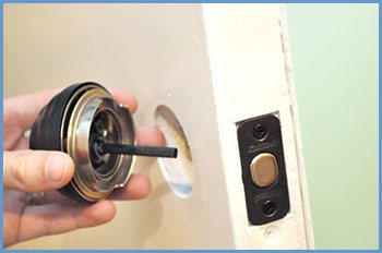 State Locksmith Services Woodbridge, CT 203-433-3480